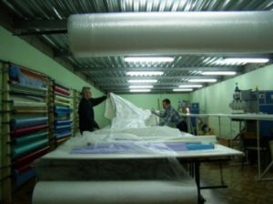Производство натяжных потолков как выгодный бизнес