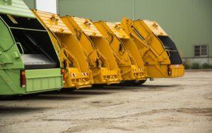 Вывоз мусора как бизнес: лицензия налог рекомендации